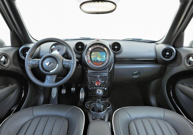 Nuova Mini Countryman restyling 2014 interni
