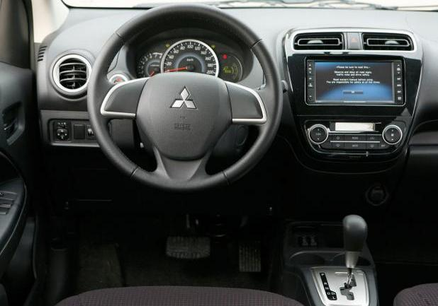 Nuova Mitsubishi Space Star interni
