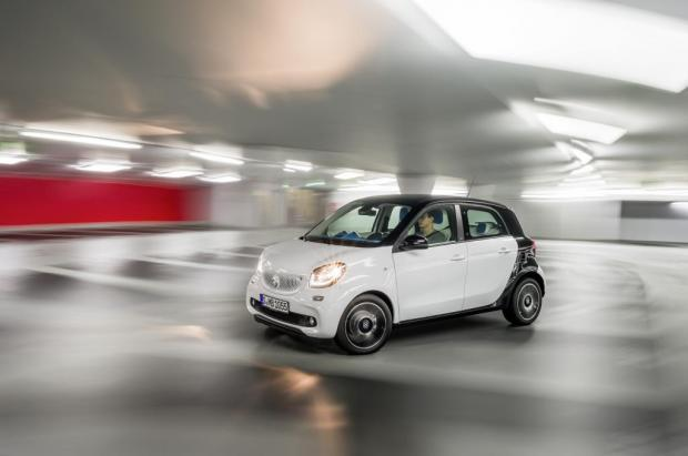 Nuova Smart Forfour vista laterale