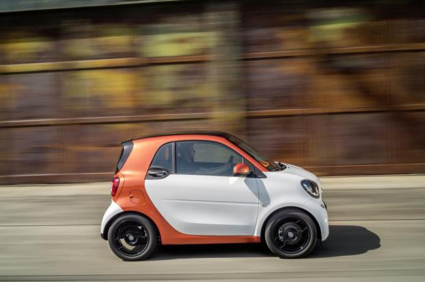 Nuova Smart Fortwo vista laterale
