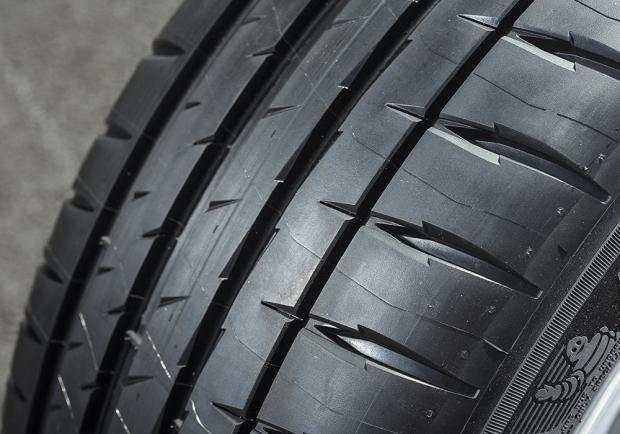 Nuovi Michelin Pilot Sport 4 battistrada