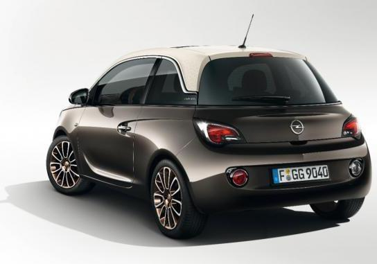 foto opel adam glam tre quarti posteriore. Black Bedroom Furniture Sets. Home Design Ideas