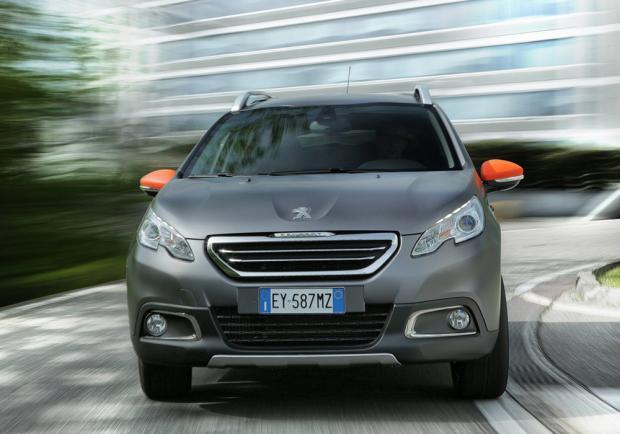 Peugeot 2008 Black Matt Limited Edition anteriore