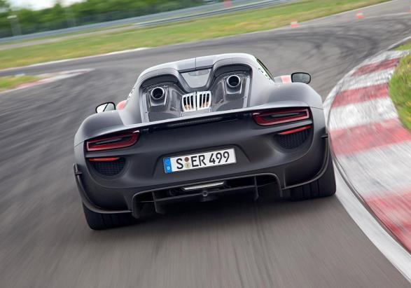 porsche 918 spyder i dati tecnici e le prestazioni della hypercar ibrida. Black Bedroom Furniture Sets. Home Design Ideas