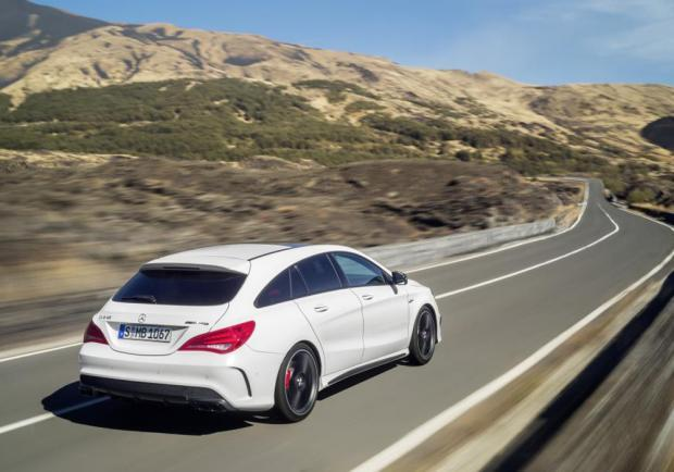 Prime foto Mercedes CLA 45 AMG Shooting Brake