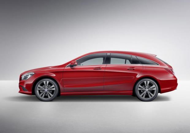Prime foto uffuciali Mercedes CLA Shooting Brake
