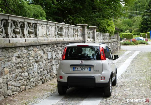 Prova Fiat Panda Natural Power posteriore