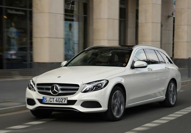 mercedes classe b electric drive e c300 bluetec hybrid. Black Bedroom Furniture Sets. Home Design Ideas