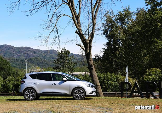 Renault Scénic 1.5 dCi Hybrid Assist 6