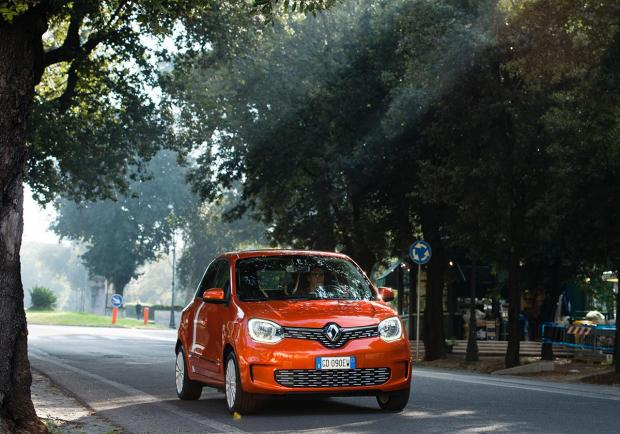 Renault Twingo Electric, la nuova city car elettrica 01