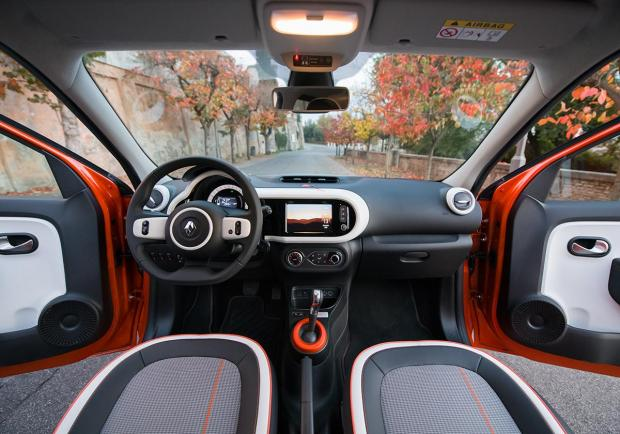 Renault Twingo Electric, la nuova city car elettrica 04