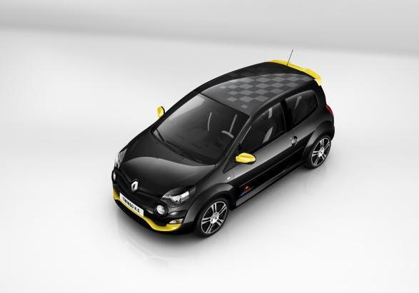 Renault Twingo RS Red Bull Racing RB7 dall'alto