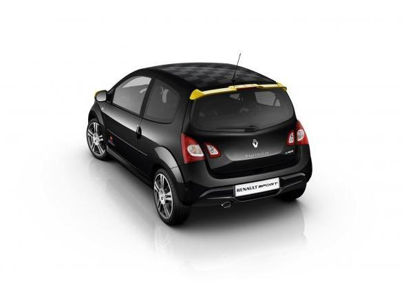 Renault Twingo RS Red Bull Racing RB7 posteriore