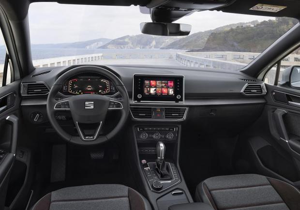 seat tarraco test drive opinioni e prezzi della suv 7 posti patentati. Black Bedroom Furniture Sets. Home Design Ideas