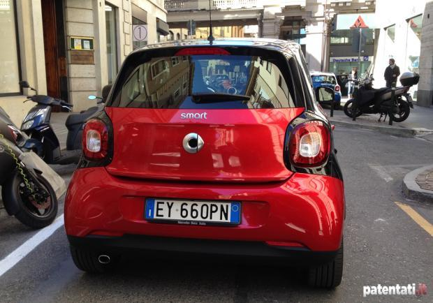 Smart Forfour 90 Turbo posteriore test drive