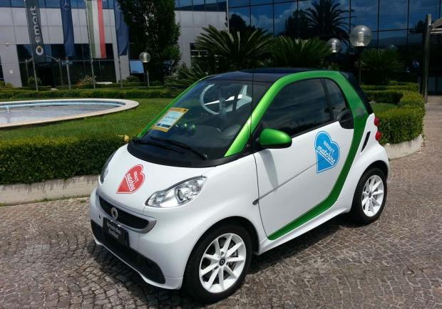 Smart Fortwo Electric Drive usata FirstHand tre quarti anteriore
