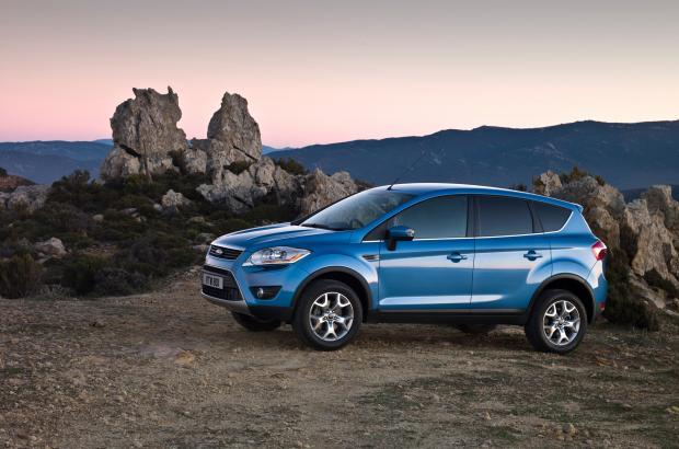 Suv Ford Kuga laterale