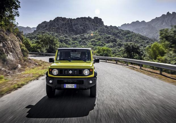 Suzuki Jimny, la regina del World Urban Car 2019 01