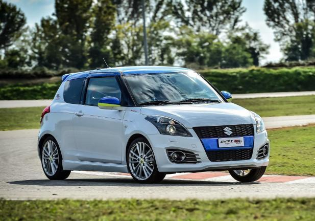 Suzuki Swift GSX-RR Tribute profilo