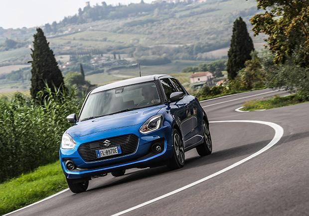 suzuki swift 1 2 hybrid 4wd allgrip test drive prezzi e caratteristiche dell 39 utilitaria 4x4. Black Bedroom Furniture Sets. Home Design Ideas