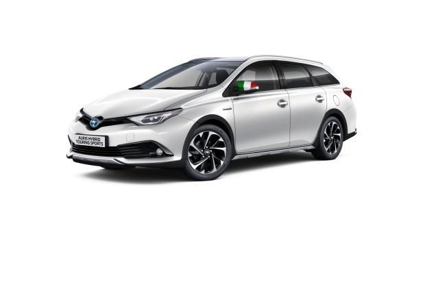 Toyota Auris Touring Sports Hybrid Team