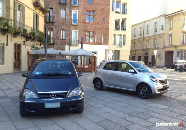 Vecchia Mercedes Classe A e Smart Forfour 90 Turbo