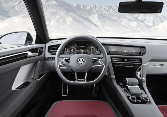 Volkswagen Cross Coupé 2014 interni