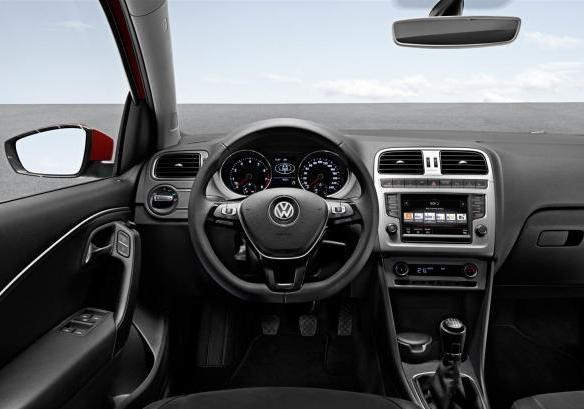 Volkswagen Polo MY 2014 interni
