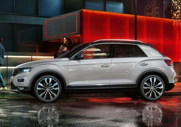 Volkswagen T Roc Prezzi Motori Tecnologia E Dimensioni