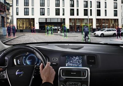 Volvo Pedestrian and Cyclist Detection 011