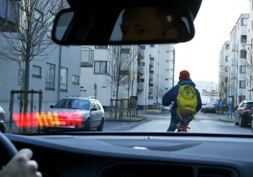 Volvo Pedestrian and Cyclist Detection 022