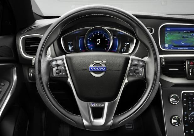 Volvo V40 R-Design interni