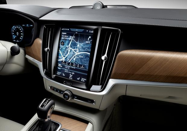 Volvo V90 D5 AWD Geartronic plancia