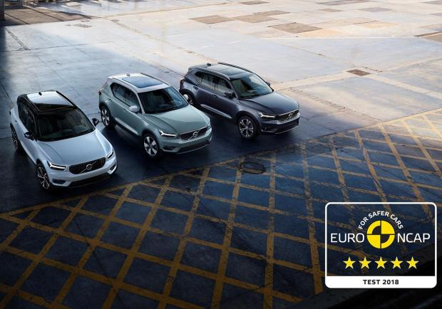 Volvo XC40, 5 stelle all?Auto dell?Anno