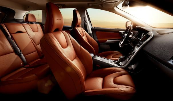 Volvo XC60 Inscription interni in pelle Toscana Tan