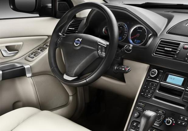 Volvo XC90 2012 cruscotto
