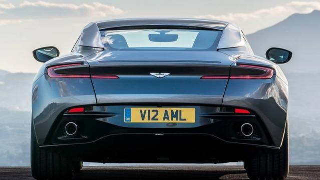 Aston Martin Db11 Listino Prezzi 2021 Consumi E Dimensioni Patentati
