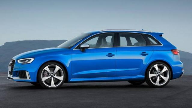 Audi rs3 sportback listino prezzi 2019 consumi e for Audi rs3 scheda tecnica