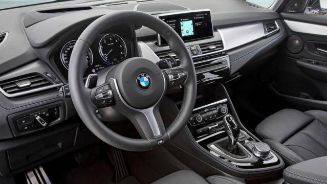 BMW Serie 2 Gran Tourer interni