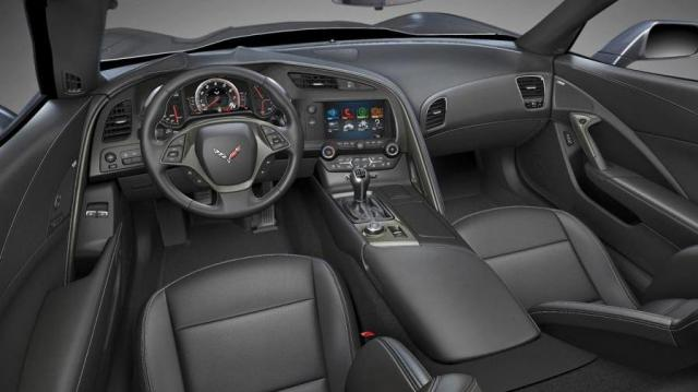 Corvette Stingray Coupé interni