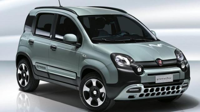 FIAT Panda City Cross Hybrid immagine