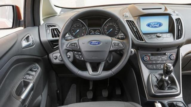 Ford C-Max 7 interni