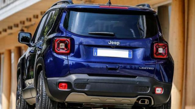 Jeep Renegade 2018 immagine