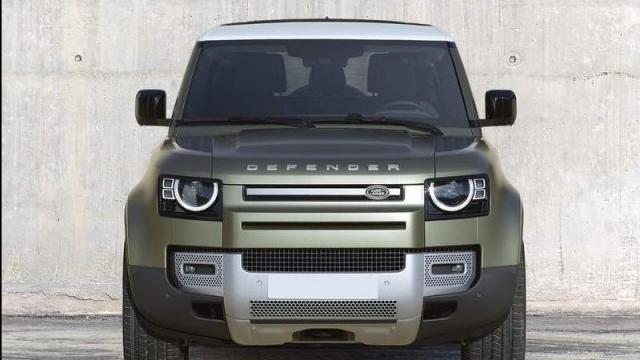 Land Rover Defender 90 2021: listino prezzi, motori e ...