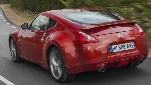 Nissan 370Z posteriore