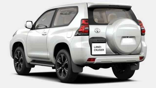 Toyota nuovo land cruiser listino prezzi 2018 consumi e for Macchine da cucire toyota prezzi