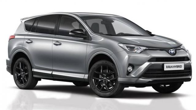 toyota rav4 hybrid listino prezzi 2019 consumi e dimensioni patentati. Black Bedroom Furniture Sets. Home Design Ideas