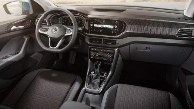 Volkswagen T-Cross interni