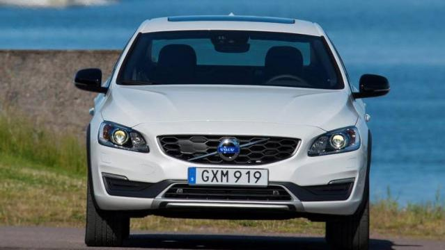 Volvo S60 Cross Country 8